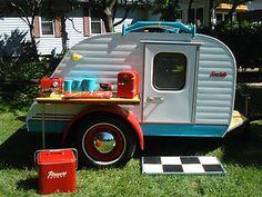 custom camper trailer canned ham Vintage Campers Trailers, Retro Campers, Vintage Caravans, Camper Trailers, Custom Campers, Old Campers, Little Campers, Happy Campers, Cars