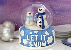 Snow Globe Cupcakes With Gelatin Bubbles | The WHOot