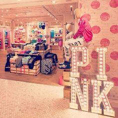 Victoria secret pink store uploaded by Victoria Secrets, Victoria Secret Outfits, Victoria Secret Store, Victoria Secret Bedroom, Pink Love, Vs Pink, Pretty In Pink, Tienda Pink, Vs Rosa