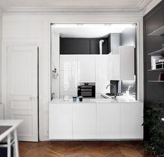 Фотография: Кухня и столовая в стиле Хай-тек, Квартира, Франция, Дома и квартиры, квартира 70 квадратных метров – фото на InMyRoom.ru