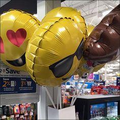 Balloon Carton as Quiver Mounts With Self-Adhesive – Fixtures Close Up Quiver, Adhesive, Balloons, Retail, Globes, Balloon, Sleeve, Retail Merchandising, Hot Air Balloons