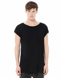Bershka Israel - Turn-up sleeve T-shirt - 2 herzeliya 40 black : )