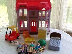 Loving Family dollhouse & accessory lot