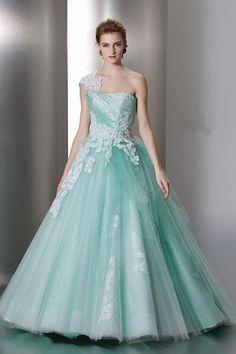 Vert d'une épaule robe de couleur de robe de tulle zipper applique Rouch balayage de balle Cly0047