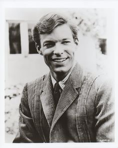 Richard Chamberlain Dr Kildare, Black White Photos, Black And White, The Bourne Identity, The Thorn Birds, Richard Chamberlain, Big Crush, Movie Photo, Portrait Photo