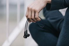 bang-olufsen-jakob-wagner-beoplay-H5-4