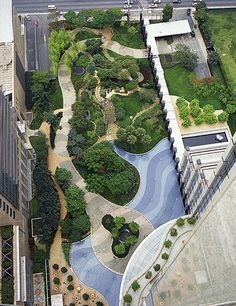 landBrazilian garden designer Isabel Duprat was commissioned by Skidmore, Owings & Merrill to complete the landscaping at its BankBoston building in São Paulo. The design was inspired by the work of her mentor Roberto Burle Marx. Source by balcaa Landscape Architecture Design, Landscape Plans, Urban Landscape, Classical Architecture, Ancient Architecture, Sustainable Architecture, Park Landscape, Landscape Fabric, Architecture Foundation