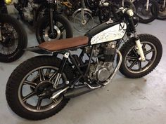 Yamaha SR 400 by Dirty Seven Motorcycles Toulouse France