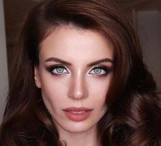 Eyes beautyy Turkish Beauty, Turkish Fashion, Ulzzang Kids, Turkish Actors, Emma Stone, Car Girls, Woman Face, Bellisima, Makeup Looks