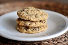 I know I just recently introduced (or re-introduced, I guess) you to my favorite cookie that is a variation on an oatmeal chocolate chip cookie, but I had to give you another classic oatmeal chocol…