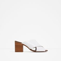HIGH HEEL CROSSOVER LEATHER SANDALS