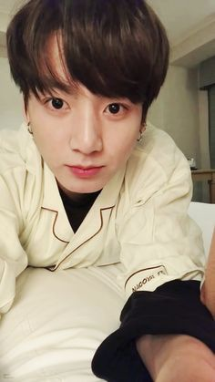 I think this is whitewashed bc this one doesn't look like the other 2... but still, our baby bunny looks cute af