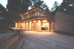 Grand Designs - Tom Raffield - Steam bent timber house.
