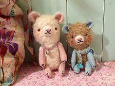 L1300333 (Pussman & co) Tags: bear studio artist teddy bears teddybears artistbears pussmanco