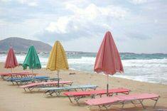 Pastel summer @ the beach Beach Pink, Beach Bum, Pink Summer, Summer Colors, Summer Fun, Summer Time, Parasols, Beach Umbrella, Umbrella Art