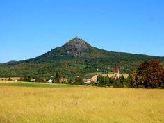 #Bohemian Central Uplands in #Czech Republic with #Hazmburk and #Milešovka: http://www.reiseziele.com/reiseziele/tschechien/mittelboehmisches-gebirge.asp