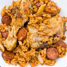 Ethné de Vienne's Chicken and Chorizo Rice Recipes Sauce For Rice, Sauce For Chicken, Rice Recipes, Chicken Recipes, Recipe Chicken, Chorizo Rice, Fried Rice, Main Dishes, Breakfast Recipes