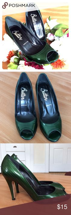 Italian Green Heels 🇮🇹 Green three inch heels, made in Italy, leather soles. Size 7 1/2 Lavorarione Intigiana Shoes Heels
