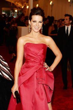 Celeb Diary: Kate Beckinsale @ 2013 Met Gala