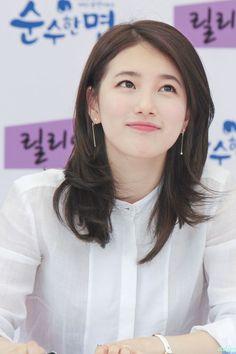 Check out trending dresses for Korean Beauty, Asian Beauty, Korean Celebrities, Celebs, Miss A Suzy, Jung So Min, Idole, Bae Suzy, Korean Actresses