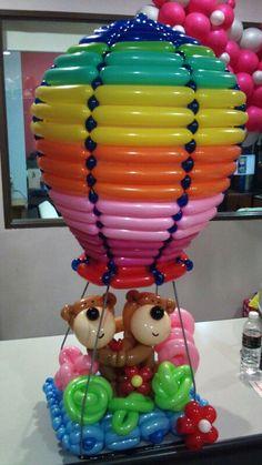 Gorgeous Hot Air Balloon Model! Love it. #BalloonArt