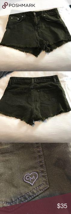 LF Army Green Denim Shorts Carmar Denim shorts, originally bought at LF. Have been worn — but still have so much wear in them! Size 25, stretchy denim LF Shorts Jean Shorts