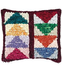 Quilt Mates Locker Hook Pillow Kit-Flying Geese