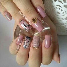 🔼Discover our semi-permanent nail polish for a perfect manicure in record time😉! 🎁 on your first order with the code -International delivery Aycrlic Nails, Bling Nails, Hair And Nails, Fall Nail Art Designs, Acrylic Nail Designs, Gorgeous Nails, Pretty Nails, Bridal Nail Art, Cute Nail Art