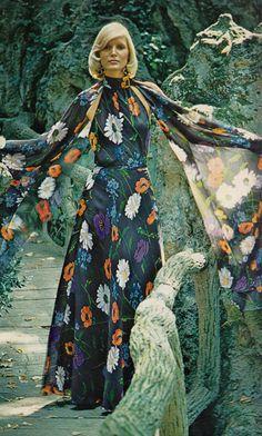 Nina Ricci,    Elegance Magazine - 1972 Spring/Summer,    Photographed by Helmut Newton