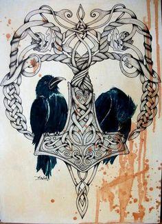 Mjölnir mit Odin's Raben.