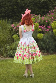 Lovely back detail - Butterick pattern B6094 & Gertie fabric