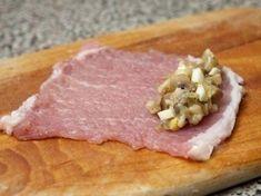 Fenséges sajtos hústekercs, tejszínes szószban sütve! - Bidista.com - A TippLista! Pork Recipes, Cooking Recipes, Pork Chops, No Cook Meals, Main Dishes, Bacon, Healthy Living, Clean Eating, Food And Drink