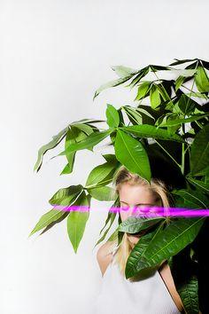 Valerie Kaczynski - photography portrait light painting plants