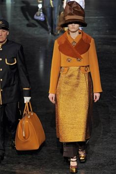 Louis Vuitton Fall 2012 -Travelling Women -20's century inspired| Paris Fashion Week