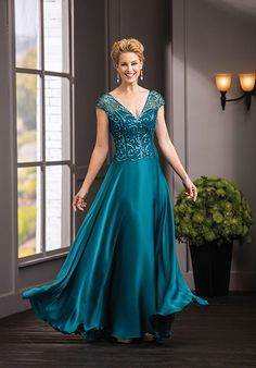 Designer social occasion and guest of dresses Jade Couture by Jasmine 2019 Prom Dresses, Bridal Gowns, Plus Size Dresses for Sale in Fall River MA Plus Size Prom Dresses, Mob Dresses, Event Dresses, Bridal Dresses, Fashion Dresses, Occasion Dresses, Party Dresses, Fashion Clothes, Mother Of The Bride Gown