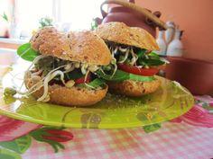 Žemličky s avokádom - odporučame napríklad na raňajky :-)