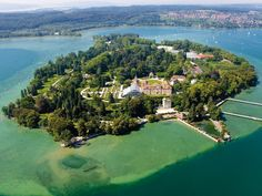 Insel Mainau-the island of flowers on Lake Constance. started by Count Lennart, son of Prince Wilhelm of Sweden & Maria Pavlovna, Grand Duchess of Russia. today it's run by the 5th generation. because of its location b/t the Alps, it's tropical all year