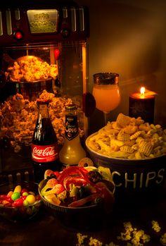 Going to the movies by Marie Ånonsen Big Party, Light Painting, Paella, Chips, Chicken, Ethnic Recipes, Movies, Photograph, Films