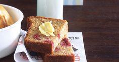 Add juicy sweet raspberries to this breakfast favourite for a twist on traditional banana bread. Yummy Treats, Sweet Treats, Yummy Food, Tasty, Baking Recipes, Cake Recipes, Baking Breads, Raspberry Bread, Banana Bread Recipes