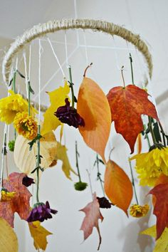 This is about the time of year where I start freaking out because fall is almost over. Autumn Crafts, Nature Crafts, Autumn Activities, Craft Activities, Lavender Crafts, Leaf Projects, Flower Mobile, Ecole Art, Leaf Crafts