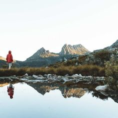 ☀️ 'Crystal clear afternoons at Cradle Mountain soaking up the golden light. Cradle Mountain Tasmania, Tasmania Travel, Crystal Clear Water, Adventure Photography, Wild Nature, Adventure Awaits, Wilderness, Places To See, Around The Worlds