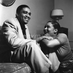 Billie Holiday & her husband, Louis. As you can see, this is rare capture of Billie being genuinely happy. Bless her soul! Billie Holiday, Jazz Artists, Jazz Musicians, Black Artists, Louis Mckay, Nova Orleans, Lady Sings The Blues, Bless The Child, Jazz Blues