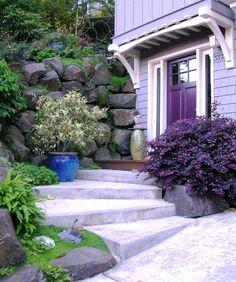 Cute Idea for a Small Front Yard Garden - http://mostbeautifulgardens.com/cute-idea-for-a-small-front-yard-garden/