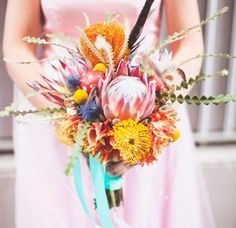 Floral and Bouquet Inspiration from http://bouquet-bouquet.com king protea and pincushion protea