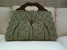 Knitting Ideas | Project on Craftsy: Lacy Leaf Satchel