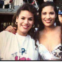 Selena Quintanilla Perez, Suzette Quintanilla, Selena Mexican, Selena Pictures, Selena Pics, Selena And Chris Perez, Queen Pictures, Her Music, American Singers