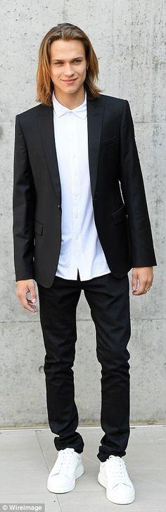Fashionable crowd: Actor Saul Nanni