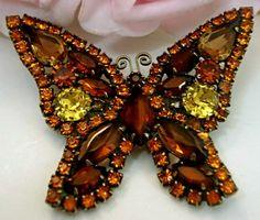 Vintage Costume Jewelry Designer Signed WEISS  Rhinestone  Brooch