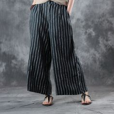 Vertical Striped Linen Wide Leg Pants #pants #trousers #striped #wideleg #black