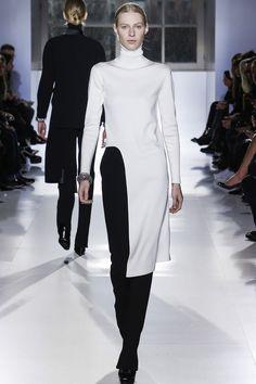 Défilé Balenciaga prêt-à-porter automne-hiver 2014-2015|\ http://www.pinterest.com/adisavoiaditrev/